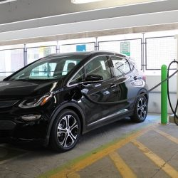 2017-chevrolet-bolt-ev-electric-car